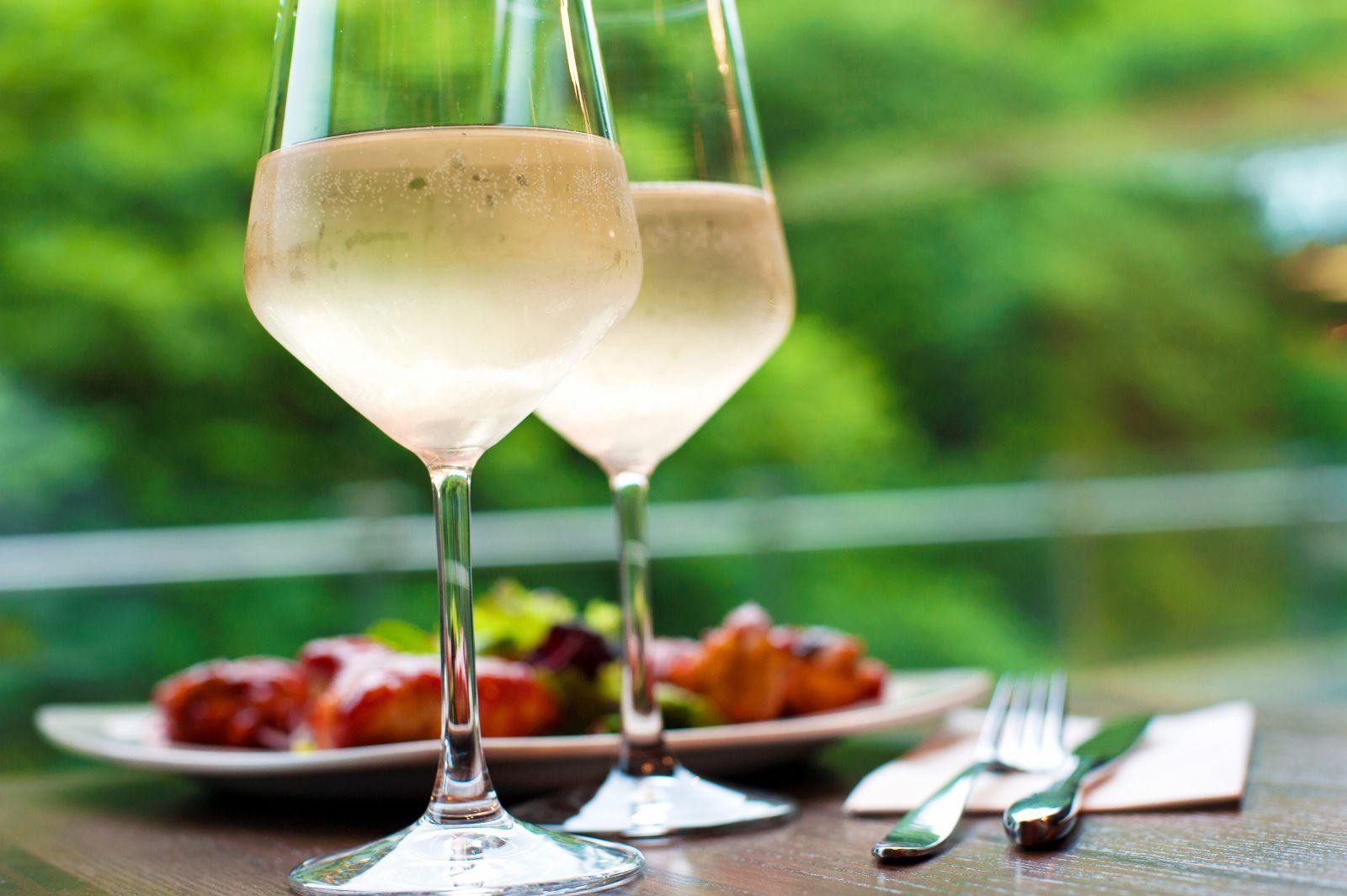 white wine link to certain melanomas