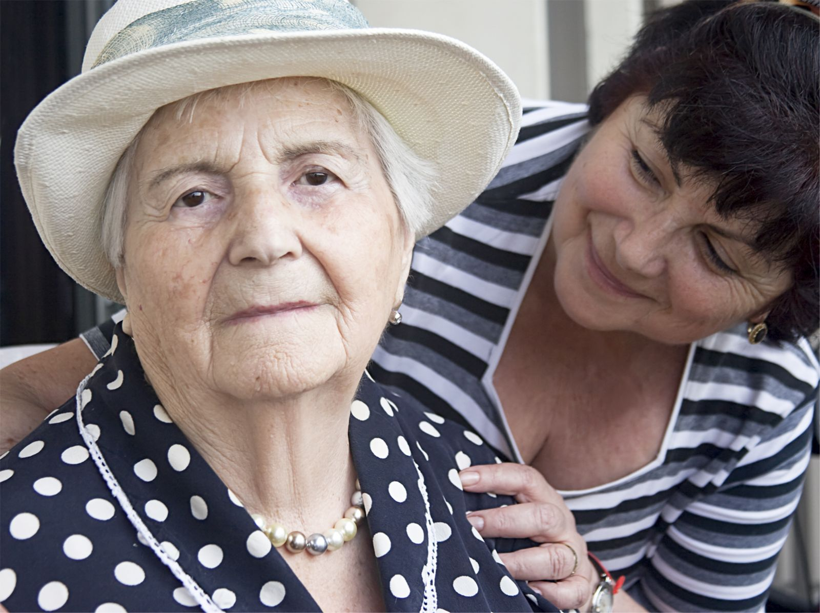 Practical advice for helping people with dementia with their daily routines