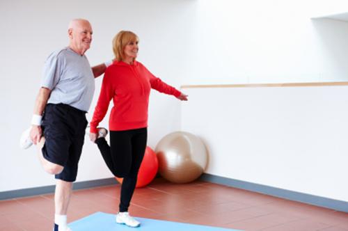couple-balancing-exercising-good-balance